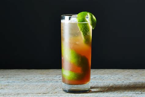 Singapore Sling Recipe and History