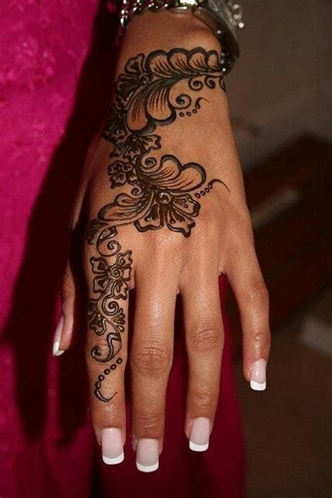 permanent henna tattoo creative designs in vogue 27