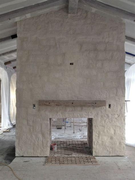 Limestone Fireplace by Best 20 Limestone Fireplace Ideas On