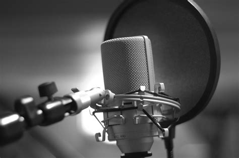 image gallery recording microphone