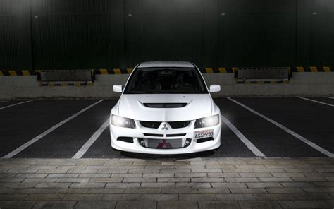white mitsubishi evo wallpaper mitsubishi evo 8 wallpapers wallpaper cave