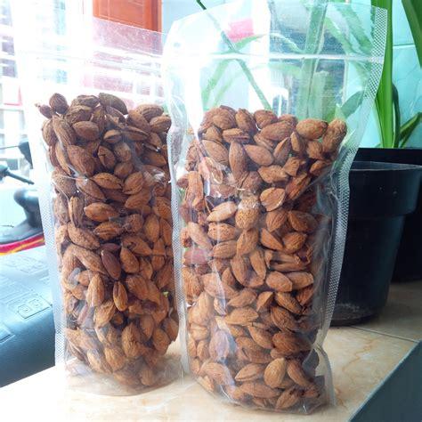 1 Kg Milk Roasted Almond Almond Oven Rasa Tanpa Cangkang kacang mede kacang mete kacang almond roe kacang almond