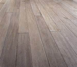 bleached oak flooring stained in driftwood eeks