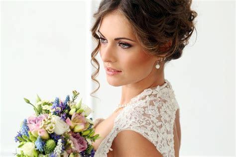 Hochzeitsfrisur Rundes Gesicht by Hochzeitsfrisuren F 252 R Jede Gesichtsform Oval Rund Eckig
