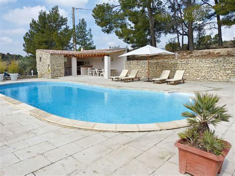 pool haus mit bad ferienhaus mit pool in den weinreben beaumes de venise