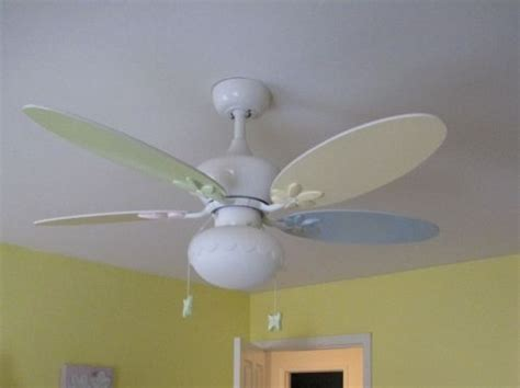 ceiling fans kids bedrooms 25 best ideas about kids ceiling fans on pinterest glow