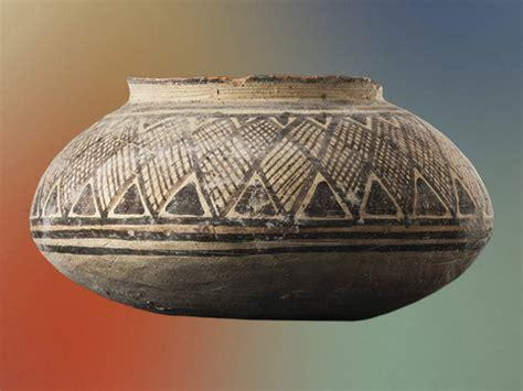 vasi preistorici simboli vivi il potere delle immagini nelle ceramiche