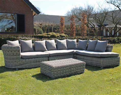 Impressionnant Canape De Jardin Aluminium #5: salon-jardin-resine-tressee-dolly.jpg