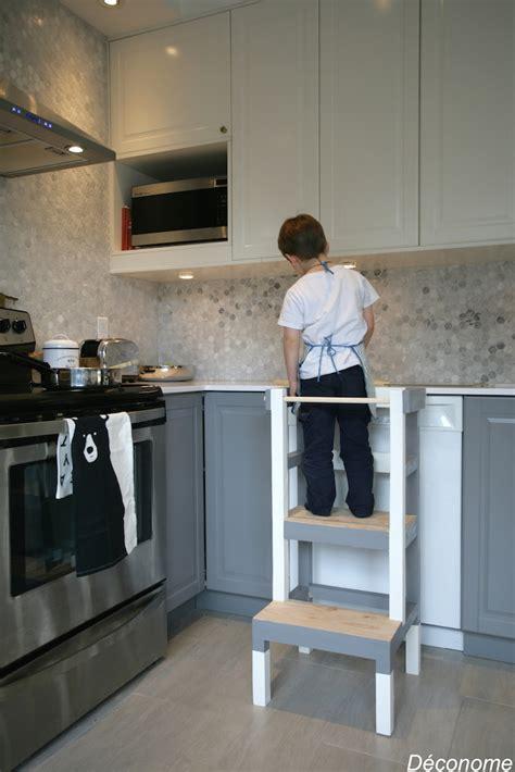 fabriquer cuisine enfant fabriquer un tabouret de cuisine pour enfant d 233 conome