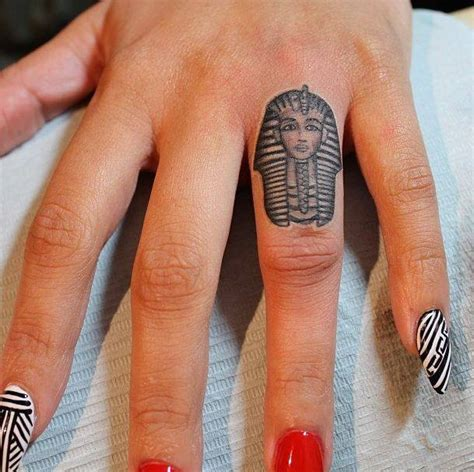 finger tattoo cons 67 different finger tattoo ideas that look great