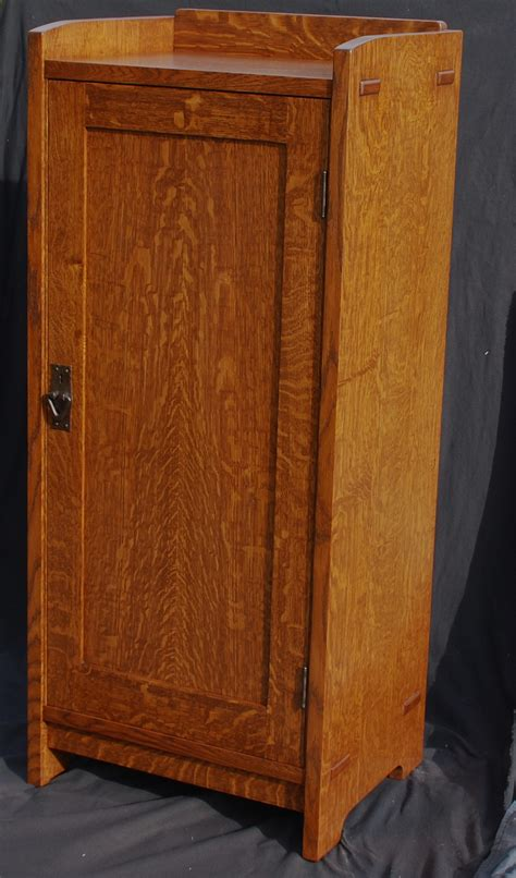 Stickley Cabinet by Voorhees Craftsman Mission Oak Furniture Accurate