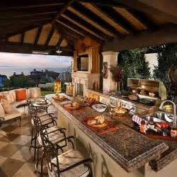 outdoor kitchens ideas best 25 outdoor kitchens ideas on backyard