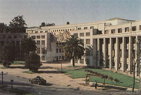 fotos antiguas universidad de concepcion edificio arco de medicina en el cus de la universidad