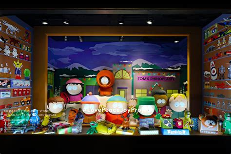 1000 ideas about christmas window display on pinterest nyc holiday window displays you have to see the official