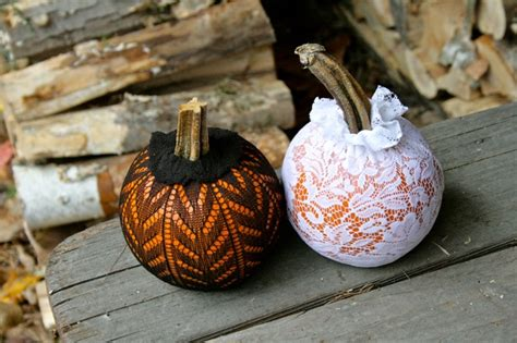How To Decorate A Pumpkin by Picture Of Diy Chic Pumpkins To Decorate Your