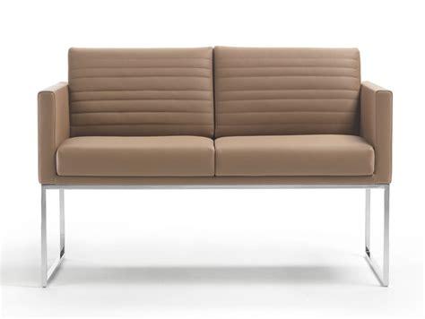 divanetti per locali poltrone per locali pubblici arredamento per hotel divani