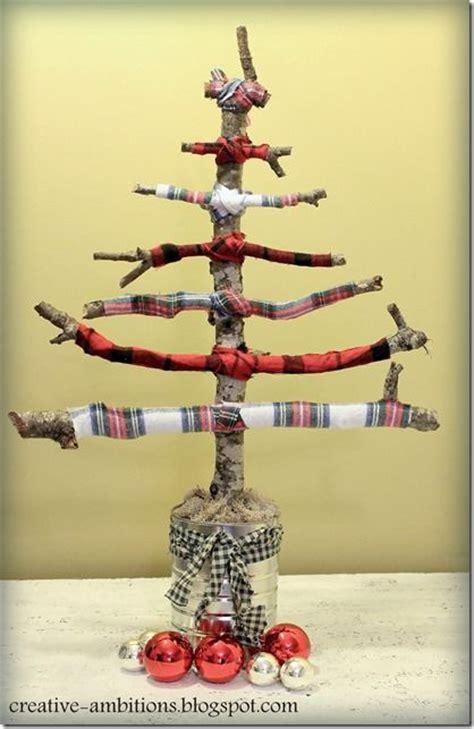 twig christmas tree via creative ambitions xjunkersunite