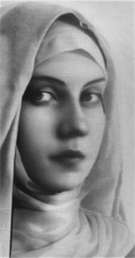 Joanna de Angelis – Do Átomo ao Arcanjo | Centro de