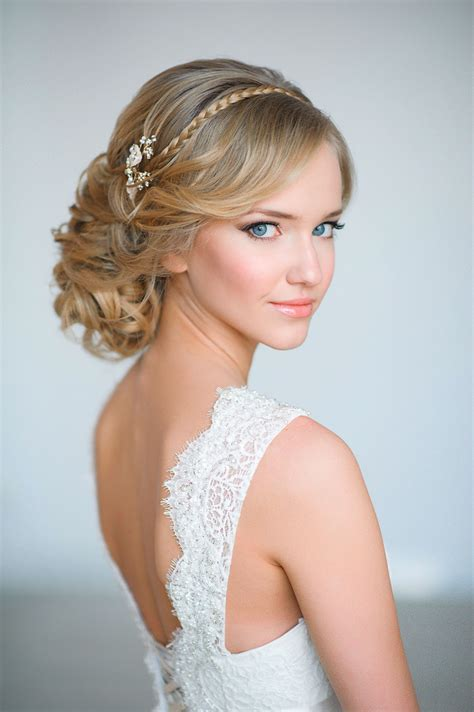 20 wedding hairstyles with exquisite headpieces tulle chantilly wedding
