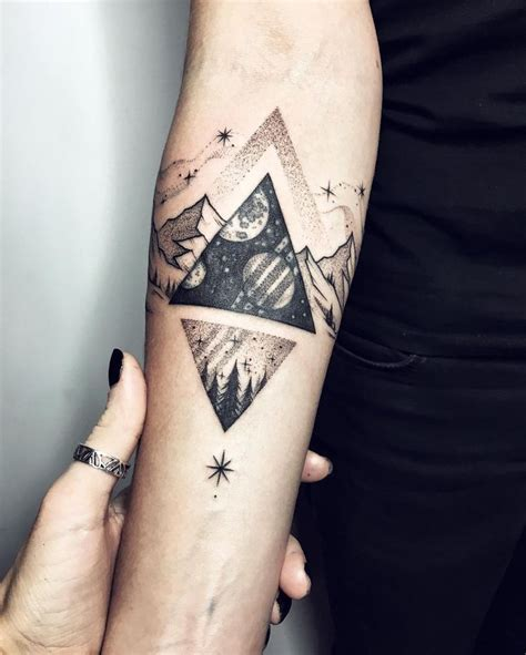 triangle tattoo best 25 geometric triangle ideas on