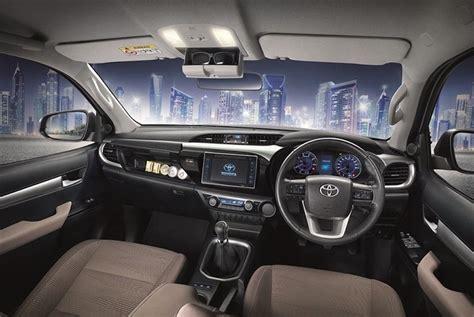 Toyota Hilux 2012 Solar 2016 toyota hilux revo interior jpg 1024 215 686 hilux