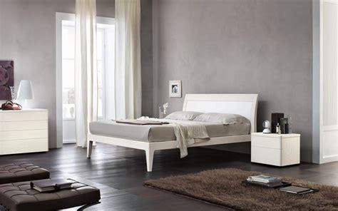 colore muro da letto scegliere colore pareti da letto tendenze casa