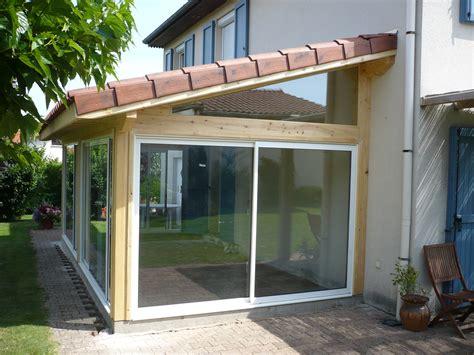 une veranda vous r 234 ver d une v 233 randa en bois nous la r 233 alisons pour vous