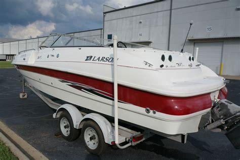 larson 234 escape 2000 for sale for 9 000 boats from - Larson Boats Escape 234