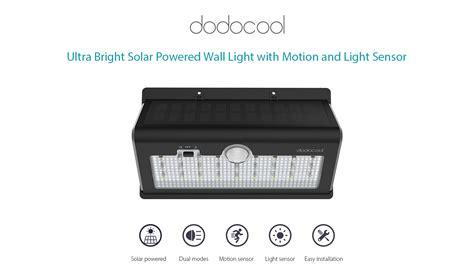 Solar Powered 520lm Ultra Bright 26 Led Dodocool Solar Powered 520lm Ultra Bright 26 Led Wireless