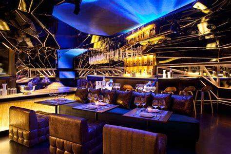 restaurant wohnzimmer gold foil 187 retail design