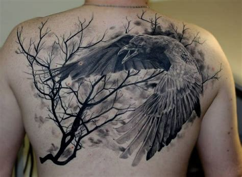 raven tattoo pinterest raven in flight tattoo ink pinterest nice back