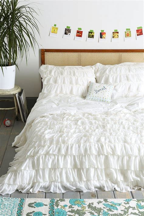 waterfall comforter best 25 ruffle bedspread ideas on pinterest ruffle