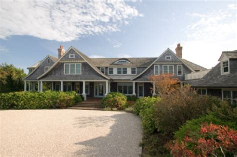 something s gotta give house something s gotta give htons beach house sells for 41 million