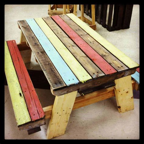 pallet kids picnic table  pallets