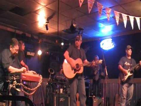 swinging doors band swinging doors new year s eve by texas crossroads band