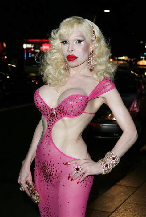 Amanda Lepore To Appear In Buzzworthy New by E News Meet Amanda Lepore The With The Most