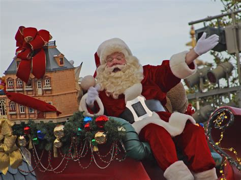 big santa claus how to track santa claus on from any device pcworld