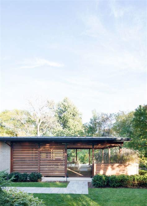 mid century modern exterior best 25 mid century house ideas on pinterest mid
