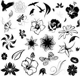 small flower tattoos tattoo ideas pictures tattoo