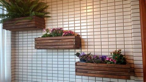 pallet planter wall diy pallet wall hanging planters pallet furniture diy