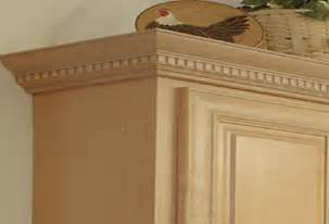 Kitchen Cabinet Door Trim by Decorative Molding For Kitchen Cabinets Doors With Crown