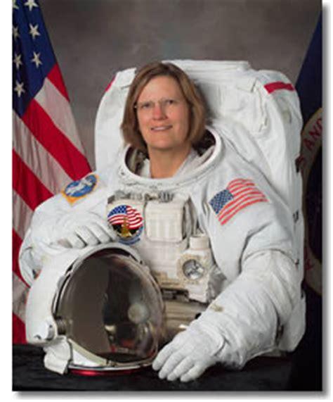 kathryn sullivan astronaut bio kathryn d sullivan 04 2014