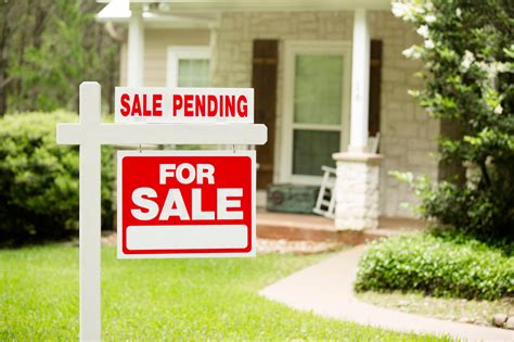 what does pending mean when buying a house my dream home is pending sale am i too late realtor com 174