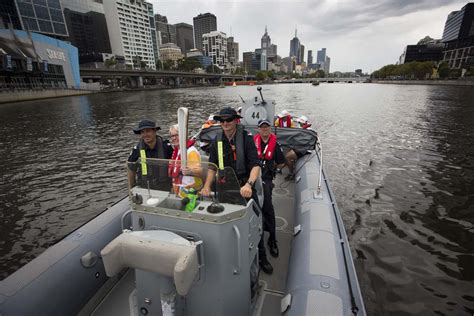 boat launch queens the queen s baton visits melbourne gold coast 2018