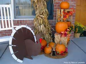outdoor turkey decorations thanksgiving decoration ideas to welcome your guests