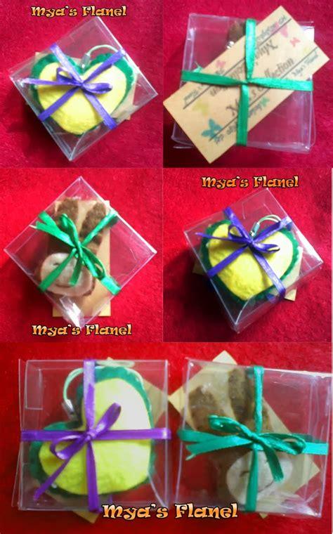 Boneka Wisuda Kotak Box Bunga Flanel Kado Hadiah Souvenir Kelulusan S Zone Kemasan Souvenir Kotak