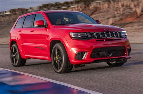 first jeep 2018 jeep grand cherokee trackhawk first drive fastest