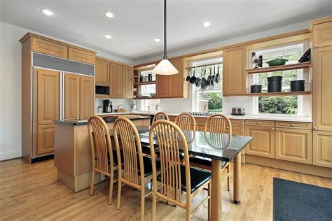 Kitchens With Wood Cabinets Kitchen Colors With Light Wood Cabinets Home Furniture Design