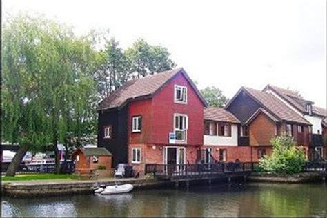 Peninsula Cottages Wroxham by Peninsula Cottage 56 Wroxham Norfolk Broads Lovely Selection Of Waterside Cottages