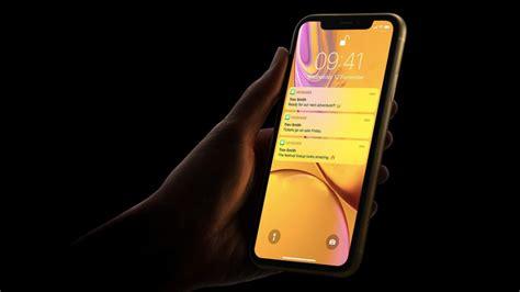 iphone xr sales  dwarf    xs  xs max